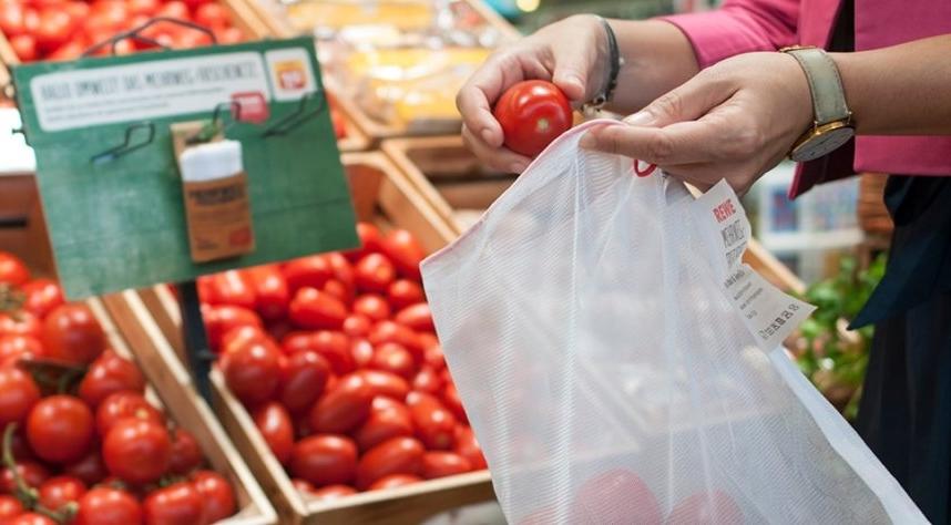 REWE führt bundesweit Mehrwegfrischenetz als Alternative zum Knotenbeutel ein