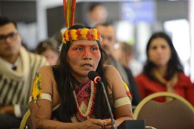 Waorani verhindern Ölbohrungen in Ecuador